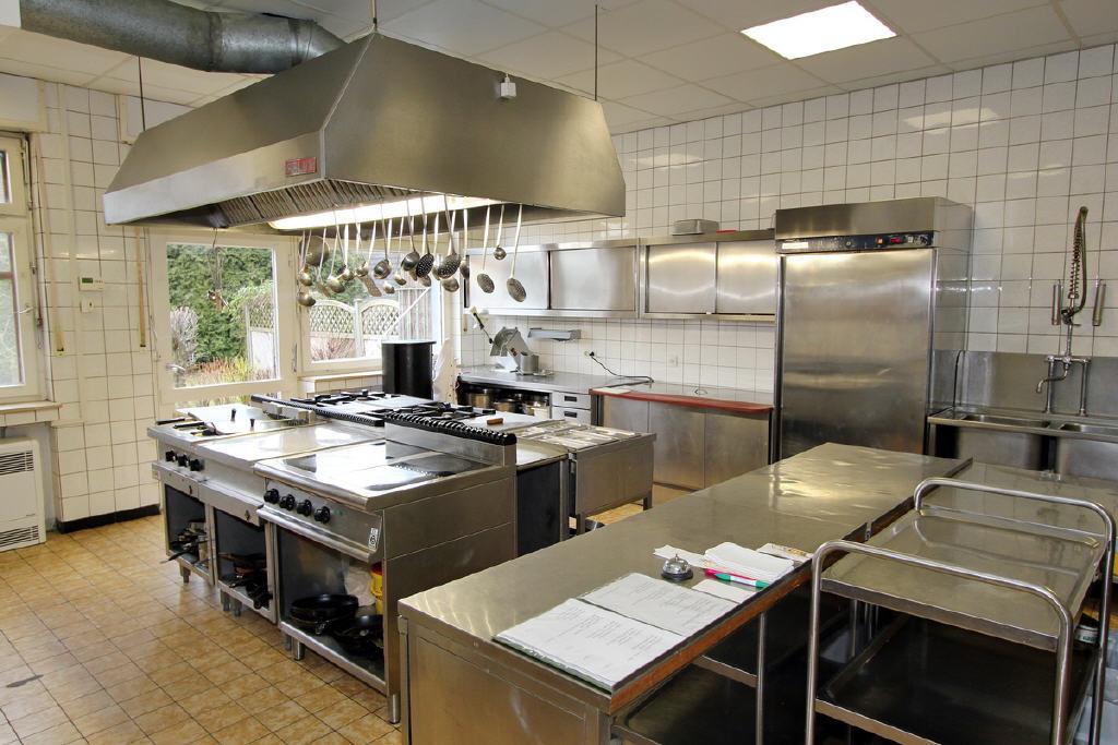 voll ausgestattetes Gastro-Küche