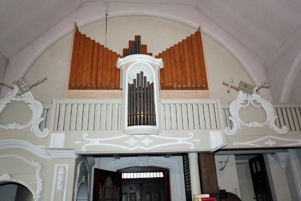 mechanische Kirchenorgel (Baujahr 1999)