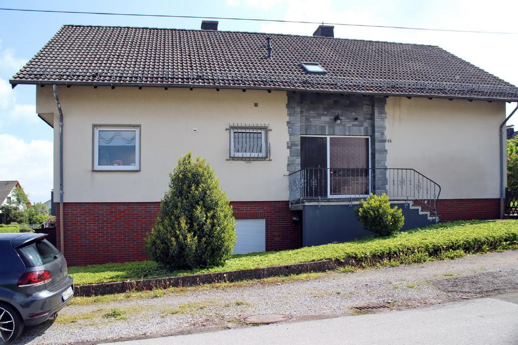 Hauseingang für 3 Wohneinheiten