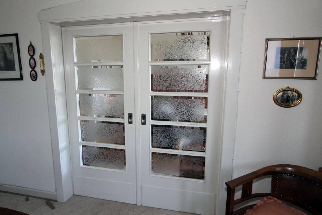 Kristallglas in den Innentüren (Eisblumen)