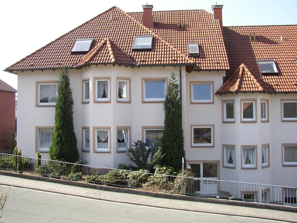 9-Familienwohnhaus in rugiger Lage