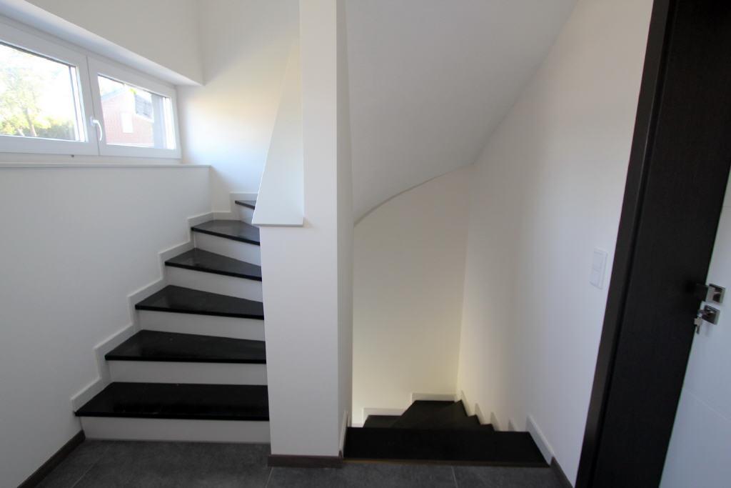 moderngestaltetes Treppenhaus