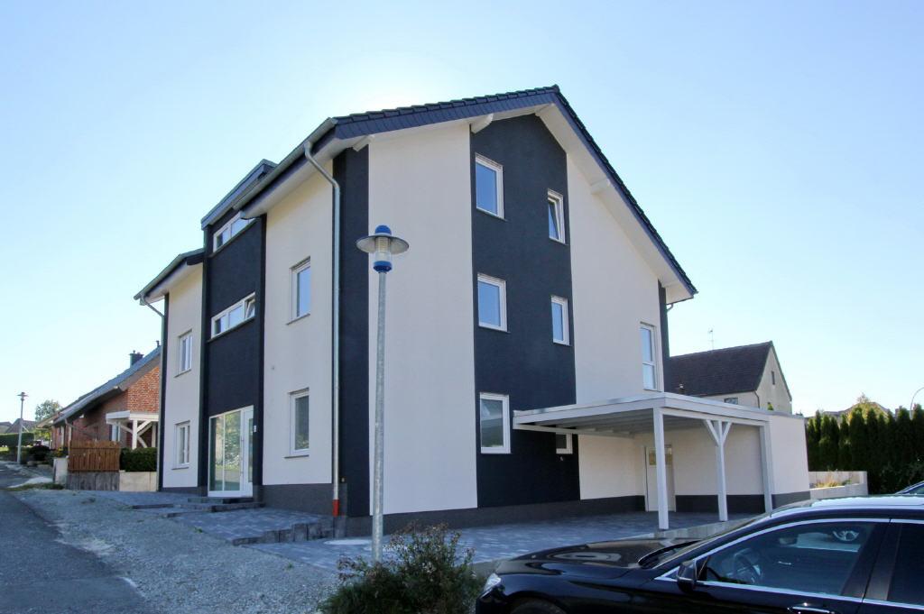 drei Neubau-Etagenwohnungen