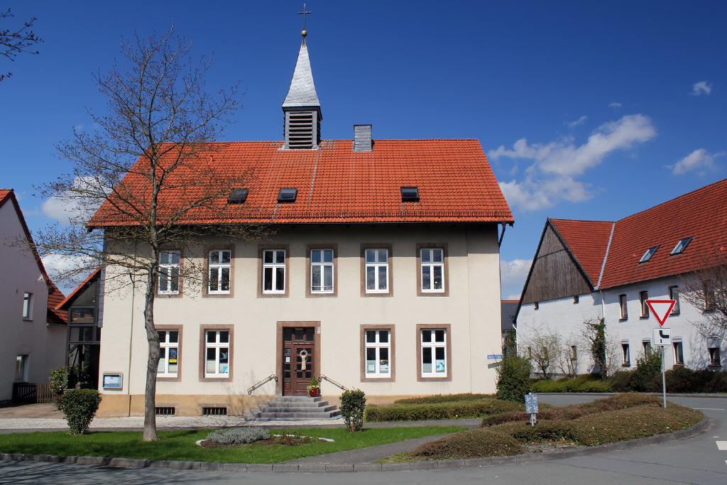 historisches Kirchhaus zum Wohnen und Arbeiten