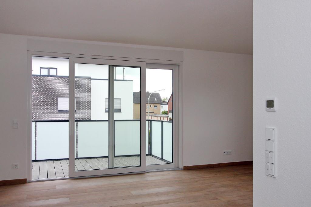 breite Balkon-Schiebetür