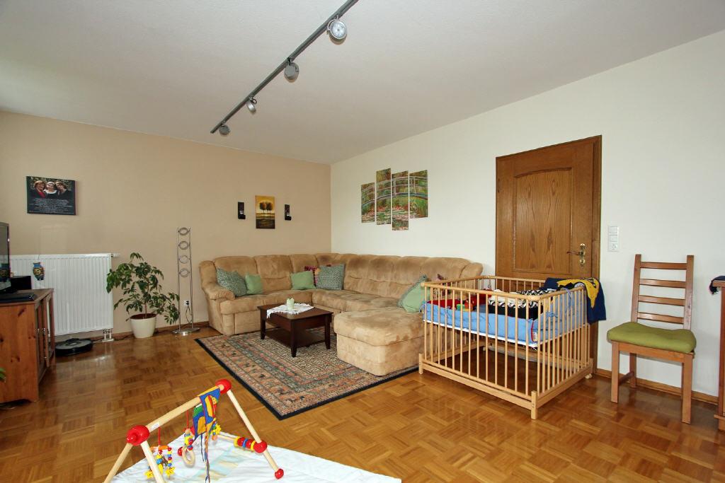 49 m² Wohnbereich mit Eichenparkett