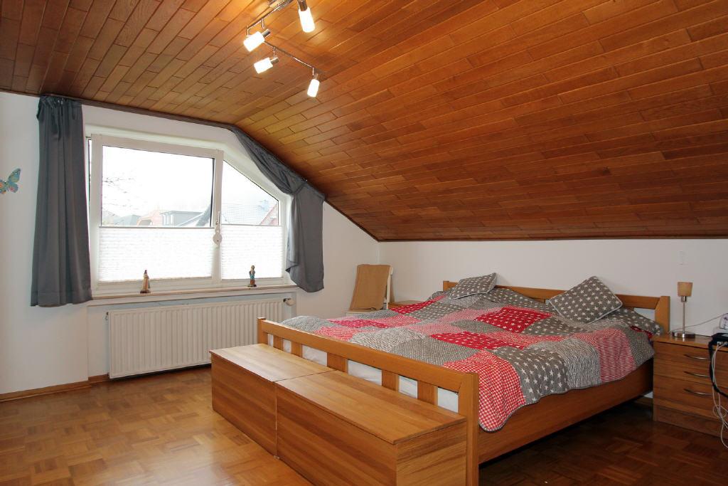 19 m² großes Elternschlafzimmer