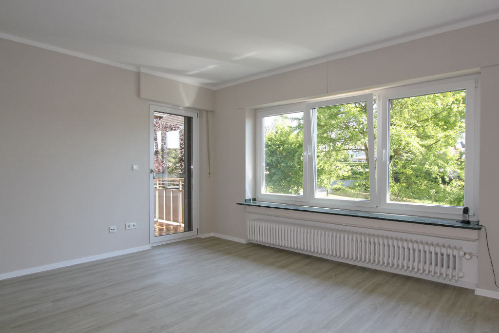 Ausblick vom Wohnraum und der gr. Loggia