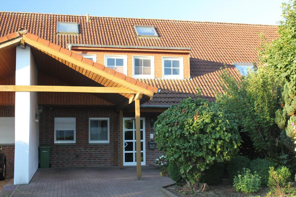 große Dachgaube mit 4 Fenster