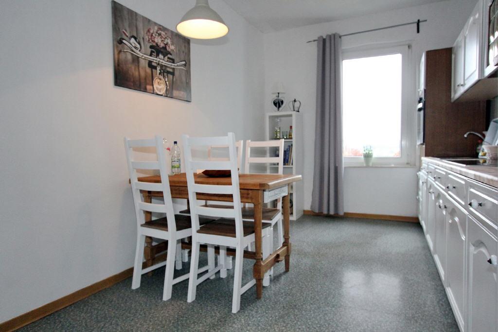 15 m² große Wohnküche mit Essbereich