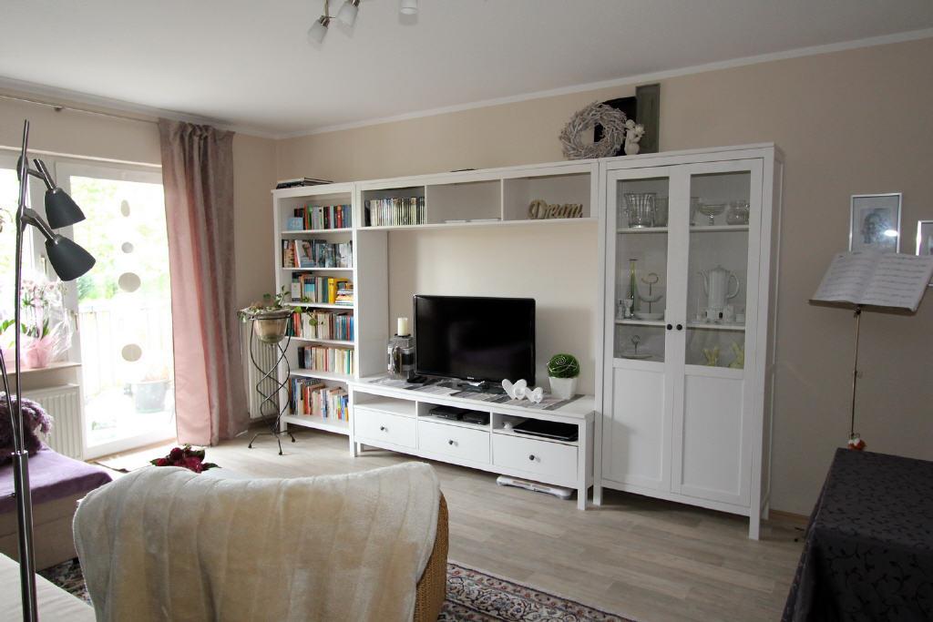 Wohnraum: ca. 4,00 x 6,00 Meter