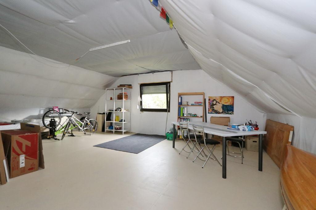 großer Dachboden