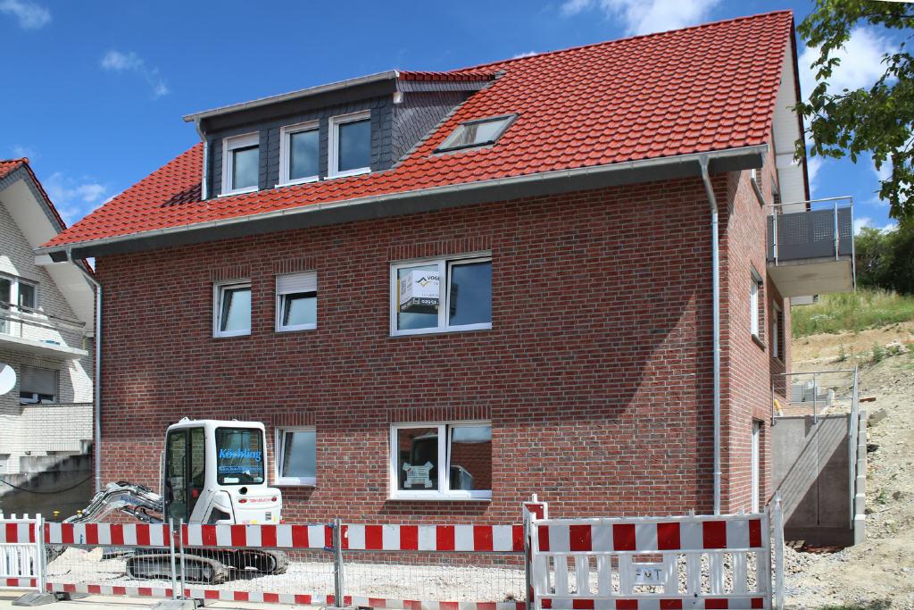 2 Neubau-Etagenwohnungen