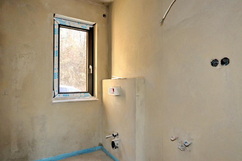 Gäste-WC mit Fenster