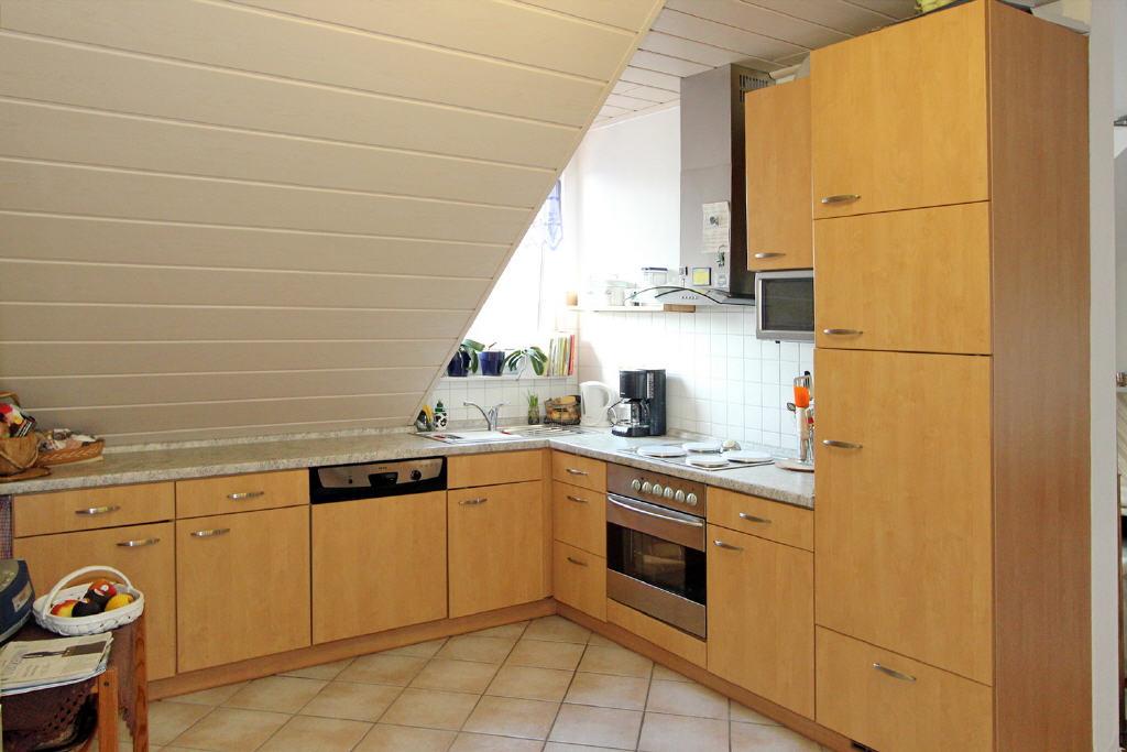 mit Einbauküche und Geräten