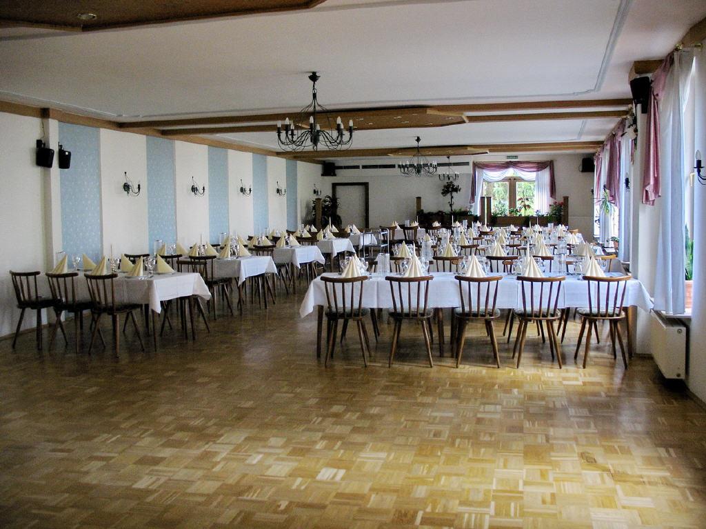 Festsaal mit Tanzfläche