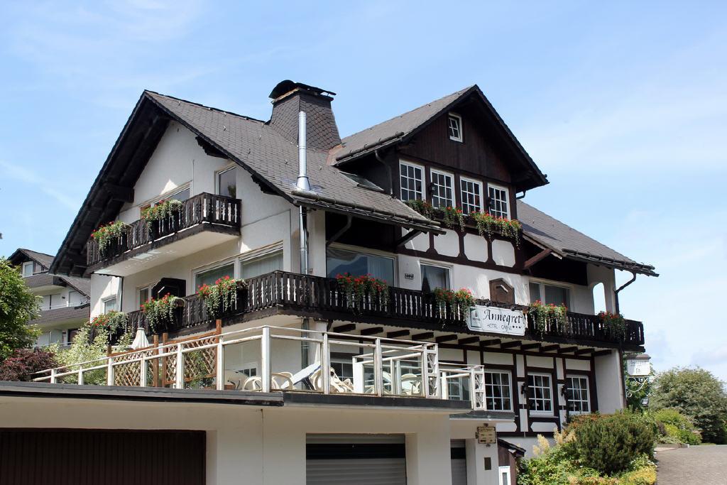detailreich gestaltete Fassade